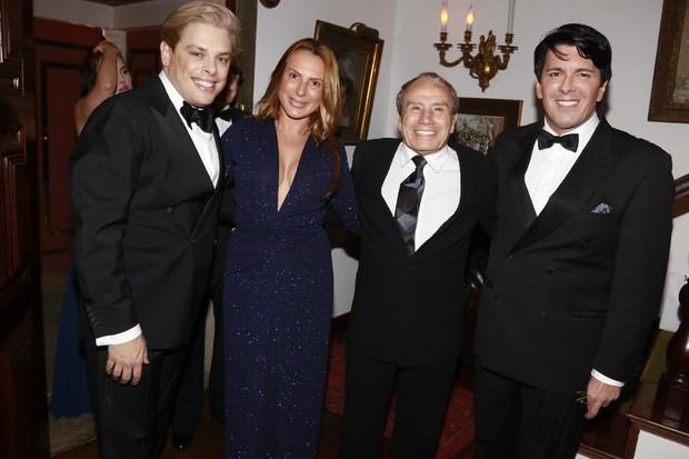 Bruno Chateaubriand, Marilene Saade, Stênio Garcia e André Ramos (Foto: Fred Pontes/Divulgação)