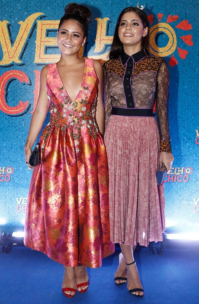 Giulia Buscaio e Julia Dalavia escolheram looks mais comportados (Foto: Inácio Moraes/Gshow)
