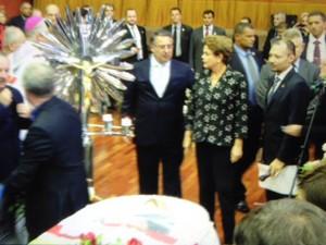 Dilma veio a Joinville para participar do velório de Luiz Henrique da Silveira (Foto: João Lucas Cardoso/G1)