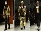 Casacos de pele, looks dourados e bolsas: veja as tendências da semana de moda masculina de Milão