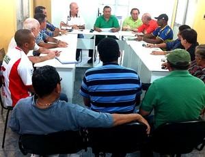 Reunião Federação Amazonense de Futebol (Foto: Adeilson Albuquerque/GLOBOESPORTE.COM)