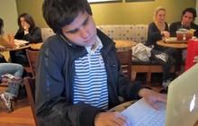 Maurício Almeida, de 18 anos, vai para a Universidade de Michigan em agosto (Foto: Vanessa Fajardo/ G1)
