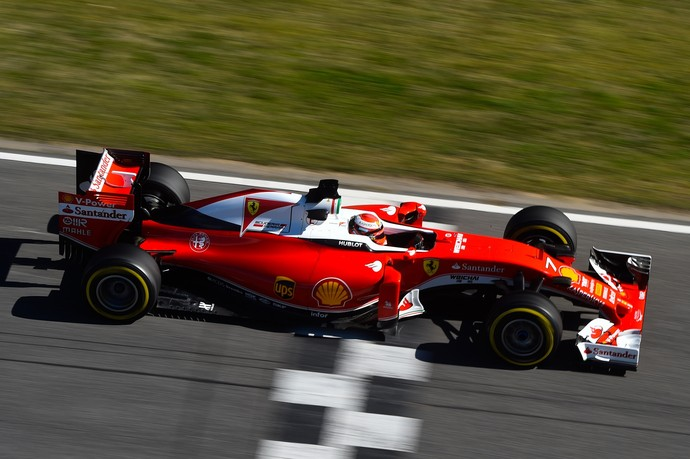 Kimi Raikkonen em ação no teste de pré-temporada da Fórmula 1 (Foto: Getty Images)