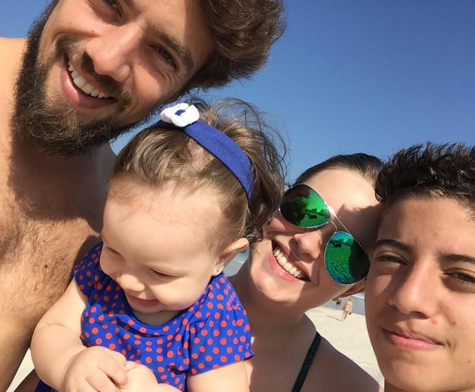 Gabriel, sobrinho do ator, participou da farra da família na praia (Foto: Arquivo pessoal)