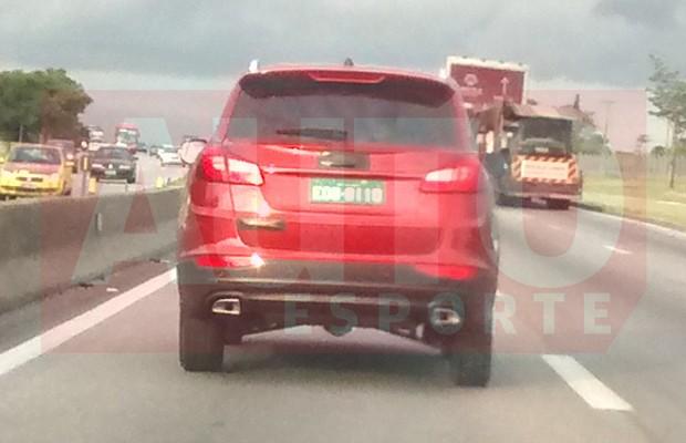 Chery Tiggo 5 é flagrado em estrada do interior de São Paulo (Foto: Wesley Candido / Autoesporte)