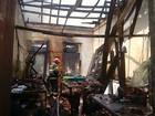 Incêndio atinge residência no Centro de Manaus nesta sexta-feira (1º)
