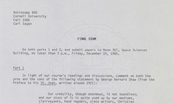 """Cópia do exame final do curso de """"Pensamento Crítico"""" de 1986. (Foto: Library of Congress)"""