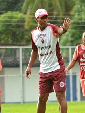 Eleomar Pereira, técnico da Desportiva Ferroviária (Foto: Henrique Montovanelli/Desportiva Ferroviária)