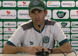 Léo Condé - técnico do Goiás (Foto: Reprodução / TV Anhanguera)
