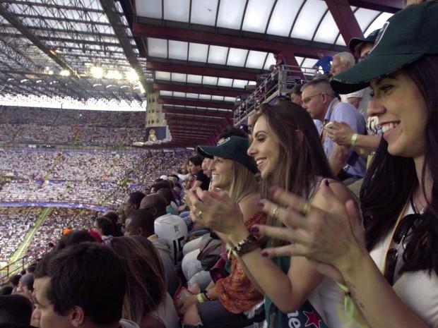 Ação da Heineken surpreende casais e levou mulheres para a final da Champions. (Foto: Divulgação)
