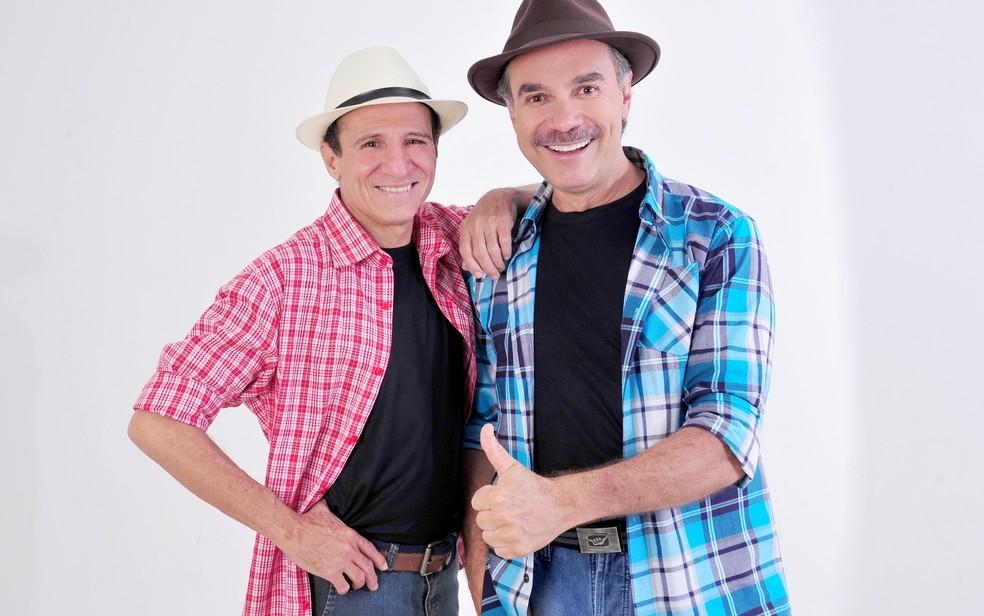 Tom Carvalho (à direita) com o parceiro Nilton Pinto: comediante está internado (Foto: Divulgação)