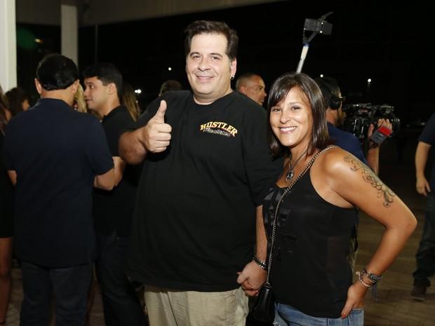 Leandro Hassum com a mulher em show no Rio (Foto: Felipe Panfili/ Ag. News)