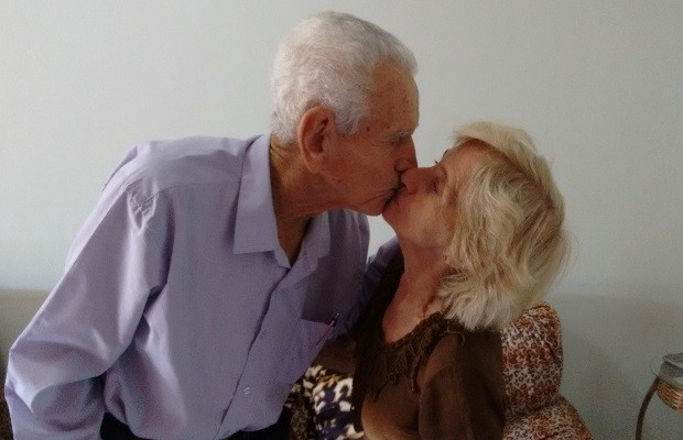 Epifânio e Coracy Viúvos, idosos de 94 e 78 anos se casam após noivado no 1º encontro em Goiás 3 (Foto: Sílvio Túlio/G1)