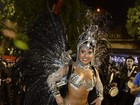 Raíssa comemora presença de Boni na bateria da Beija-Flor