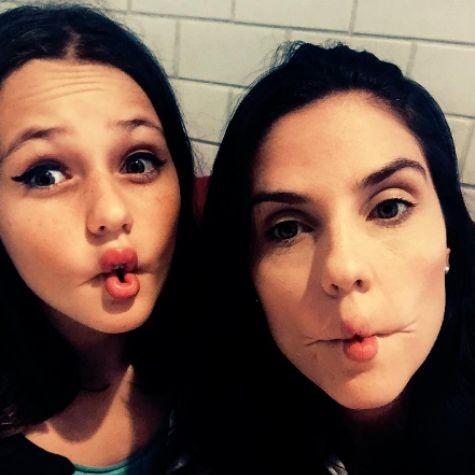 Rafaela Mandelli e a filha, Catarina (Foto: Reprodução)