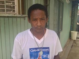 Pai da vítima está preocupado com o estado de saúde do filho (Foto: Abinoan Santiago/G1)
