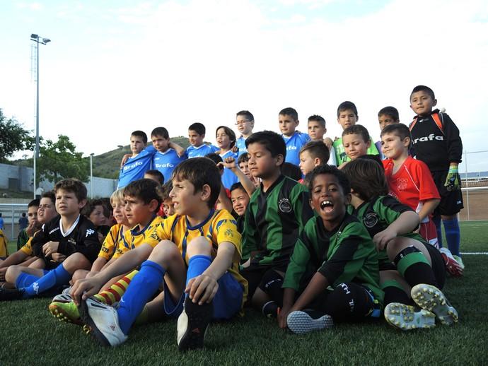 Roger mini sosia Ronaldinho Gaucho (Foto: Cassio Barco)