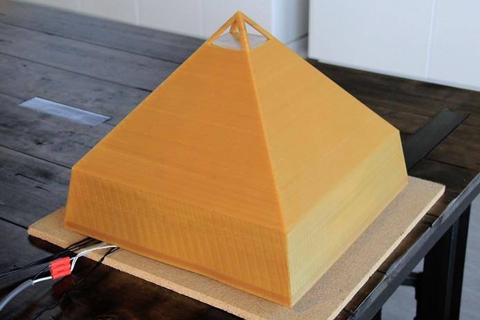 Plástico especial resiste ao calor e não libera substâncias tóxicas na comida (Foto: Divulgação/Fathom)