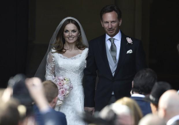 Ex-Spice Girl Geri Halliwell se casa na igreja com Christian Horner, da F-1 (Foto: Reuters)