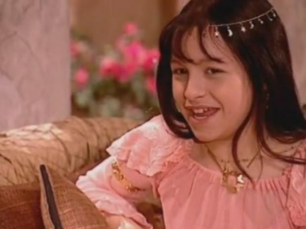 Personagem Khadija, vivida pela atriz Carla Diaz na novela O Clone, inspirou o aumento do nome Radija nos anos 2000 (Foto: Reprodução/TV Globo)