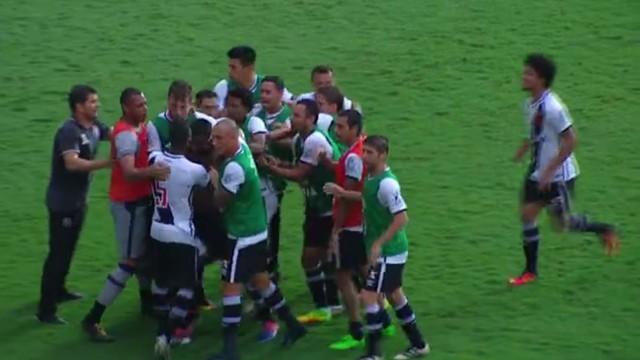 Paraná x Vasco - Campeonato Brasileiro Série B 2016 - globoesporte.com 768e456950eb5