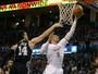 Westbrook faz 31º triplo-duplo, iguala Chamberlain, e Thunder para os Spurs
