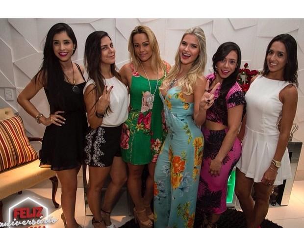 Andressa Suita comemora aniversário com amigas (Foto: Instagram/ Reprodução)