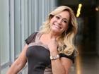 Susana Vieira faz sucesso nos bastidores de 'Chapa' e brinca com Abravanel