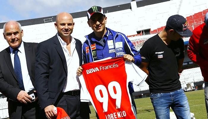 Jorge Lorenzo visita River Plate MotoGP
