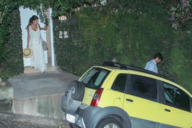 Dudi Azevedo e Fernanda Mader deixam festa de casamento no Rio (Foto: Marcello Sá Barreto/Ag.News)