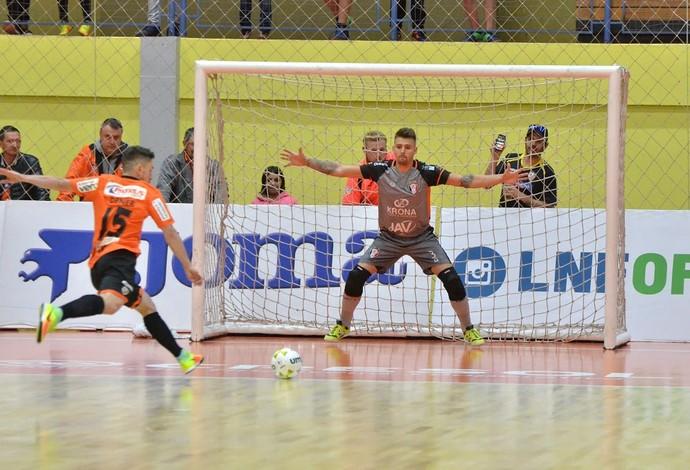 Carlos Barbosa x Joinville Liga Nacional de Futsal (Foto: Ulisses Castro/ACBF)
