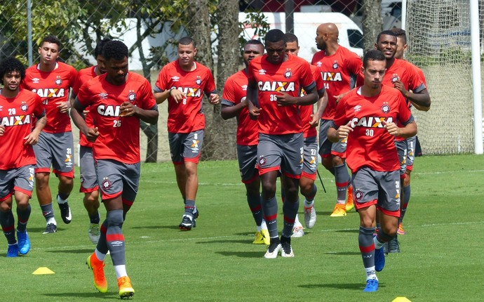 Atlético-PR treino CT do Caju (Foto: Monique Silva)