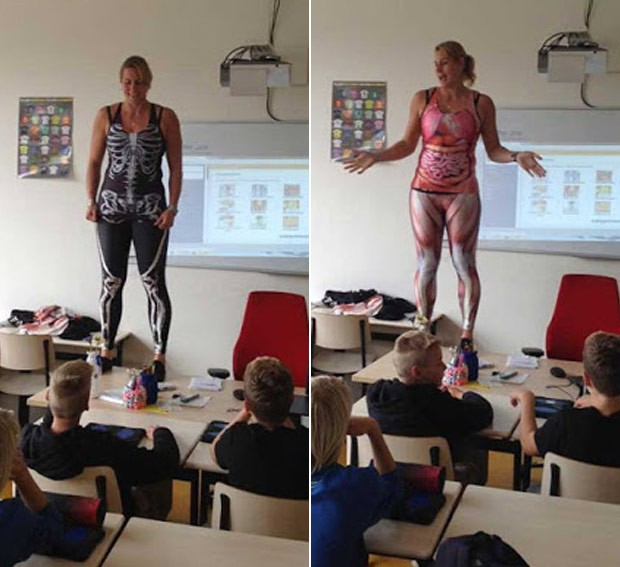 Debby Heerkens usou roupas de lycra para explicar estruturas muscular e óssea do corpo humano (Foto: Reprodução/Facebook/Groene Hart scholen)