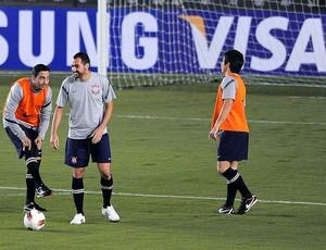Treino do Corinthians, Chicão e Danilo (Foto: Marcos Ribolli / Globoesporte.com)