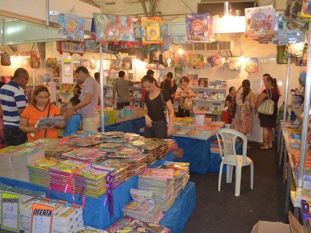 Salão do Livro em Santarém (Foto: Luti Gomes/ G1)