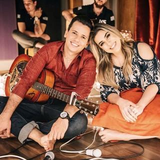 Blener Maycon e Nayara Azevedo (Foto: Reprodução/Instagram)