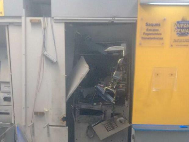 Explosão foi registrada na madrugada deste domingo (9), em Natal (Foto: Divulgação/PM)
