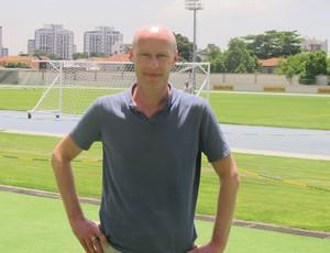 Simon Zwartkruis, biógrafo de Seedorf  (Foto: Thales Soares/GLOBOESPORTE.COM)