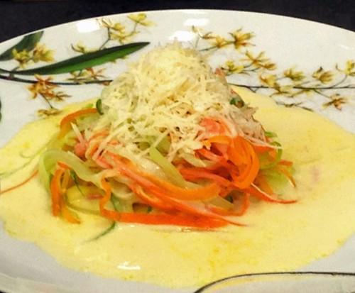 Espaguete de Legumes com Molho de Limão