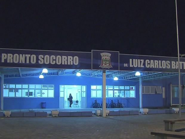 Meninas foram levadas até o Pronto Socorro do Hospital Municipal de Bertioga (Foto: Reprodução / TV Tribuna)
