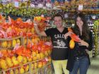 Carol Francischini compra ovos de Páscoa para doar a creche