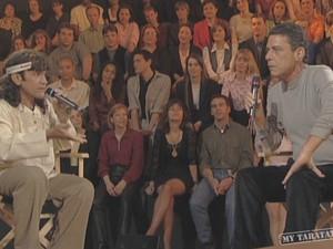 Na França, Zezinho chegou a participar de programa de TV com Chico Buarque (Foto: Reprodução)