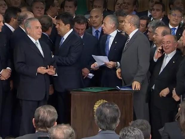 Temer nomeia ministros do novo governo (Foto: Reprodução/NBR)