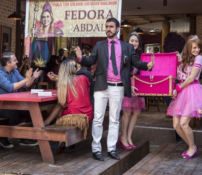 Leozinho participa ativamente de tudo (Foto: Ellen Soares/Gshow)