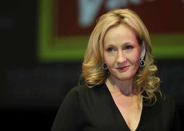JK Rowling escreveu último romance sob o pseudônimo de Robert  Galbraith (Foto: AP Photo/Lefteris Pitarakis)