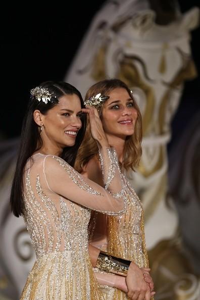 Adriana Lima e Ana Beatriz Barros  (Foto: Getty Images)
