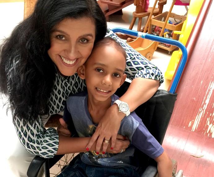 Regina Casé se emociona com a história de Guilherme (Foto: Arquivo Pessoal)