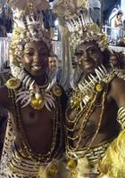 Mãe e filha fazem topless: 'Suave' (Ana Ramalho/G1)