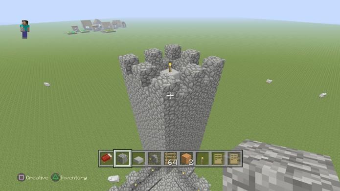 Se suas torres forem altas demais ficará difícil, ou impossível, atirar em inimigos no solo (Foto: Reprodução/Rafael Monteiro)