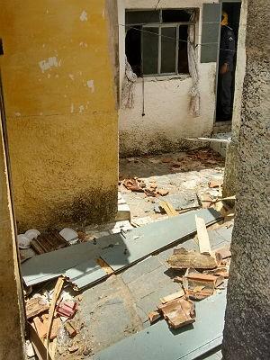 Explosão casa Barbacena (Foto: Bombeiros Barbacena/Divulgação)